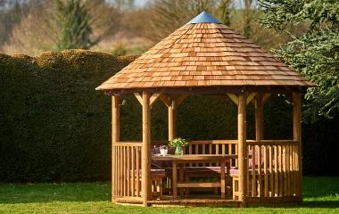 The Lapa Company   Thatched Gazebos   Garden Buildings